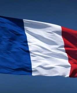 فرنسا تعتزم إغلاق ستة مساجد وحل جمعيات إسلامية