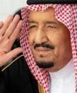 """العاهل السعودي يصدر أمراً """"عاجلاً"""" بشأن صلاة التراويح في الحرمين الشريفين"""