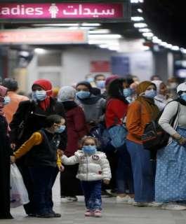 مصر: إغلاق المتاجر ومراكز التسوق والمقاهي بدءاً من مساء اليوم