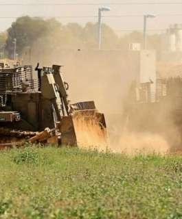 توغل آليات إسرائيلية في منطقتين بغزة
