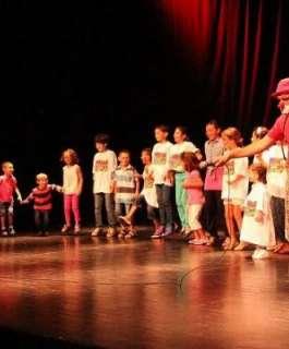 """""""الثقافة"""": نحرص على أن تظل رسالة المسرح فنية وثقافية ووطنية بامتياز"""