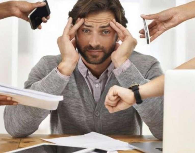 عادات صحية تخلصك من التوتر المرتبط بالعمل