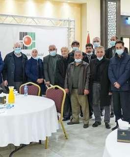 لجنة الانتخابات تجتمع مع الفصائل في رام الله