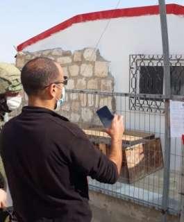 الاحتلال يخطر بهدم غرفة زراعية وخزان مياه جنوب بيت لحم