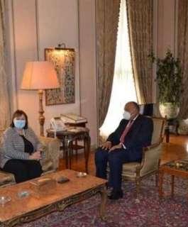 وزيرا خارجية مصر وإسرائيل يبحثان إحياء مسار التفاوض مع الفلسطينيين واعادة إعمار غزة