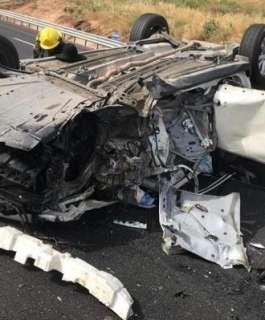 النقب: إصابة خطيرة لشاب في انقلاب سيارة