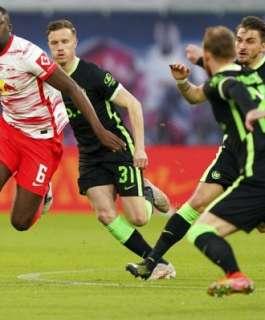 ليفربول يضم مدافعا من الدوري الألماني