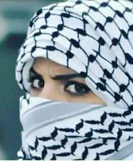 شركة أزياء عالمية تثير غضب العرب بسبب الكوفية الفلسطينية
