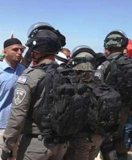 وقفتان احتجاجيتان في عكا وطمرة تنديدا بحملة الاعتقالات بحق فلسطينيي الـ48
