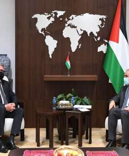 رئيس الوزراء يبحث مع المبعوث النرويجي إعادة إعمار غزة