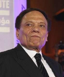 محافظ الإسكندرية يتحدث عن تسلمه عرضا بمقايضة عادل إمام بإحدى الدول العربية