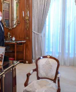 الرئيس التونسي يكلف نجلاء بودن بتشكيل الحكومة